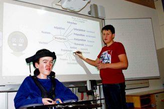 Barrierefreies Lernen mit interaktiver Schultafel