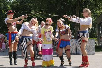 Sommerfest: Piraten kapern das Fritz-Felsenstein-Haus