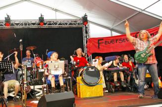 """Wenn der Sommer zum Festival wird – 50 Jahre Fritz-Felsenstein-Haus – """"Miteinander leben lachen, feiern"""""""
