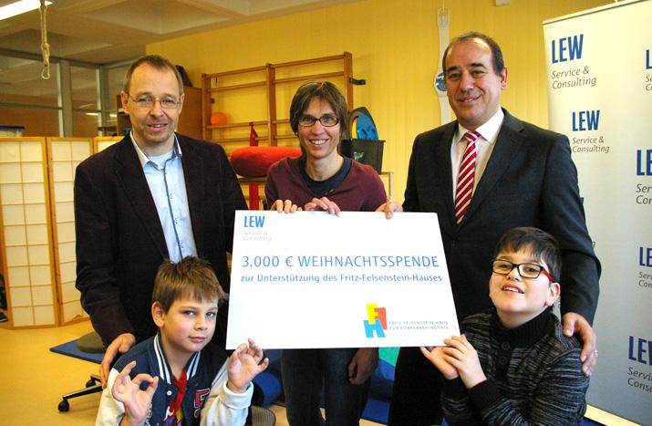 """""""Spende statt Geschenke"""" – LEW Service & Consulting spendet 3000 Euro an unsere Therapieabteilung"""